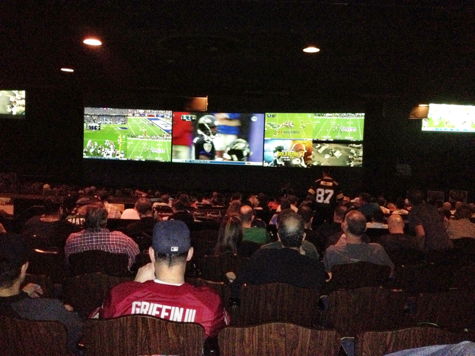 The Best Place To Watch Nfl Football In Las Vegas Ten Things To