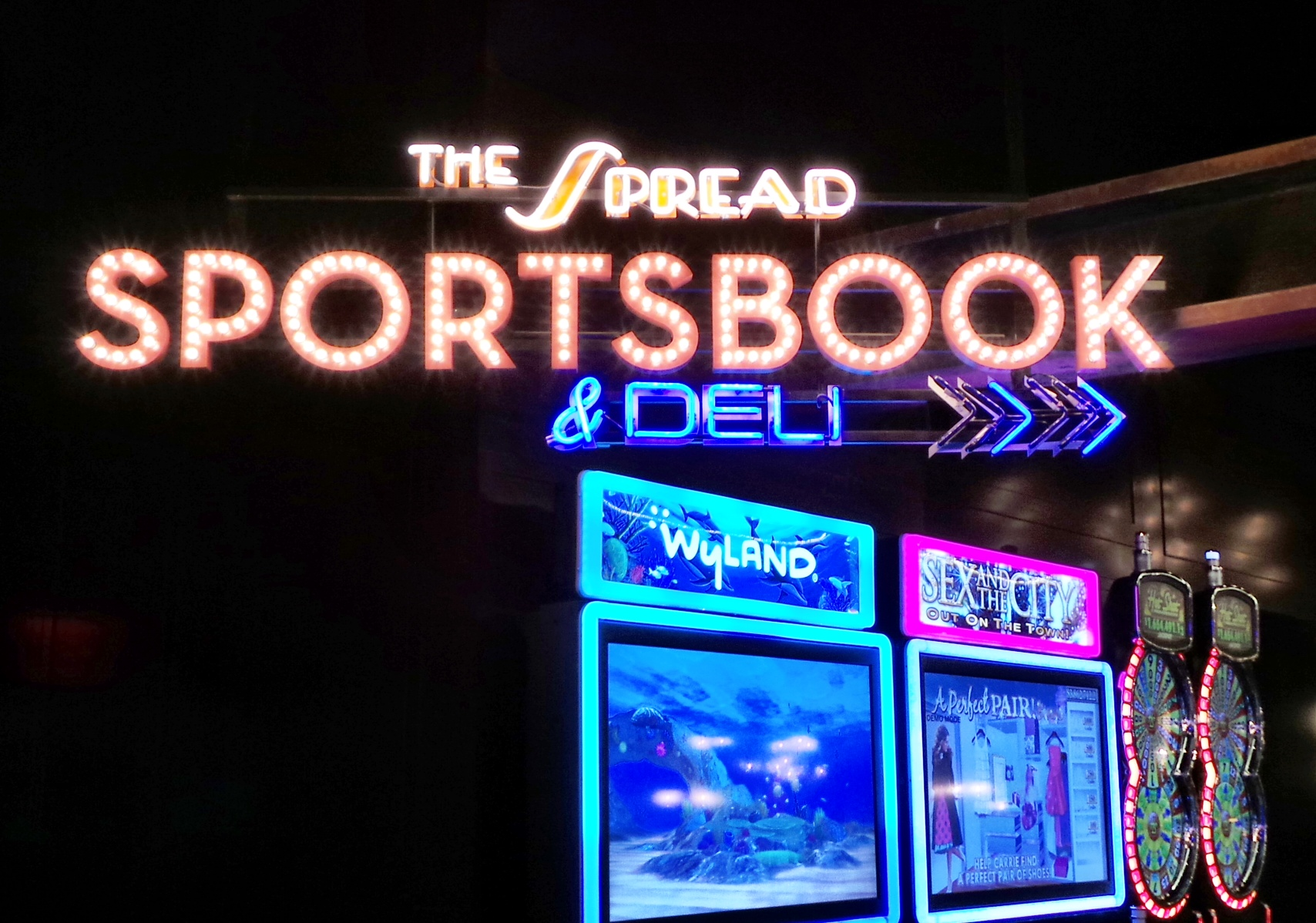 sports book online reviews best parlay picks