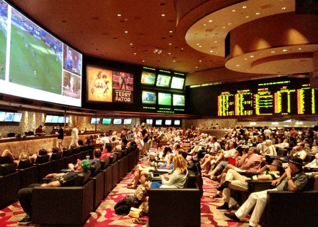 Mirage Sports Book - Great Screens & Great Atmosphere