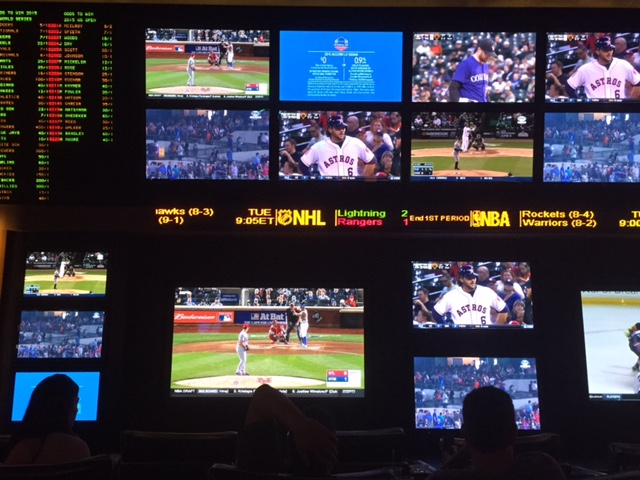 Planet Hollywood Sports Book Screens