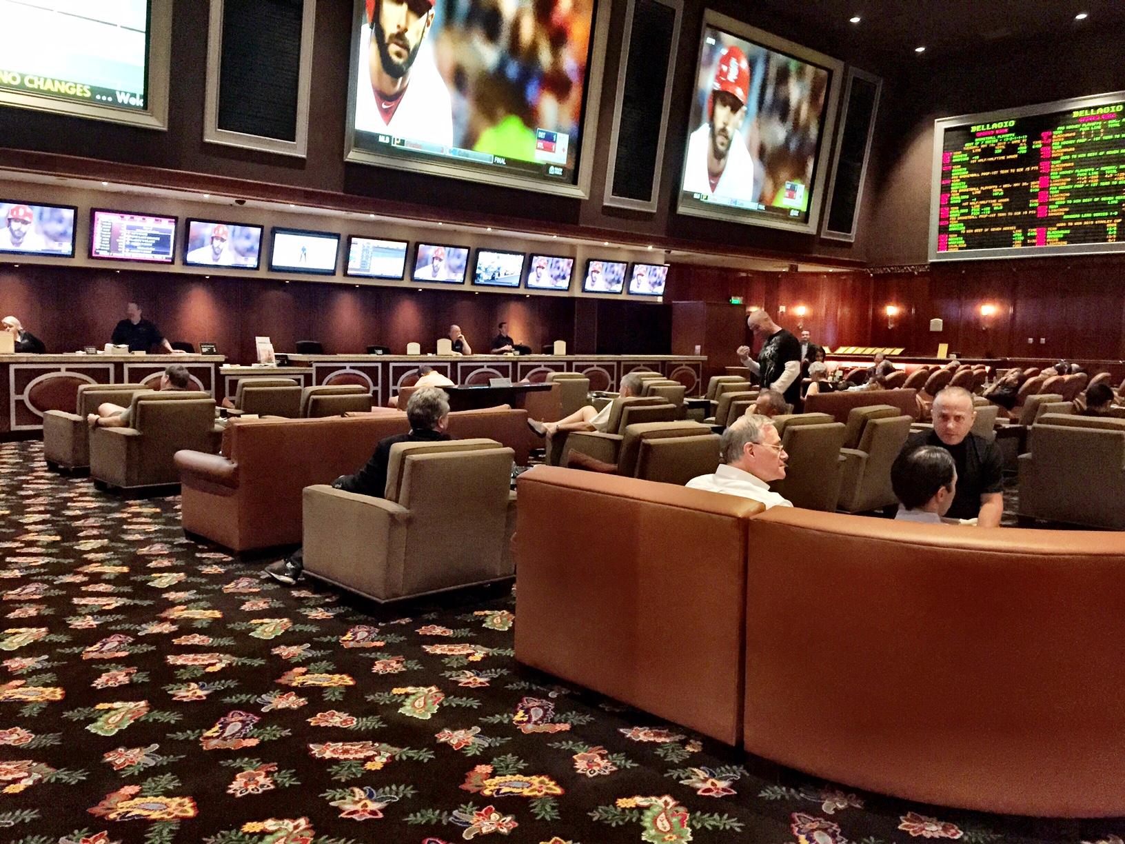 Vegas Sports Book News Bellagio S Lounge Set Up The