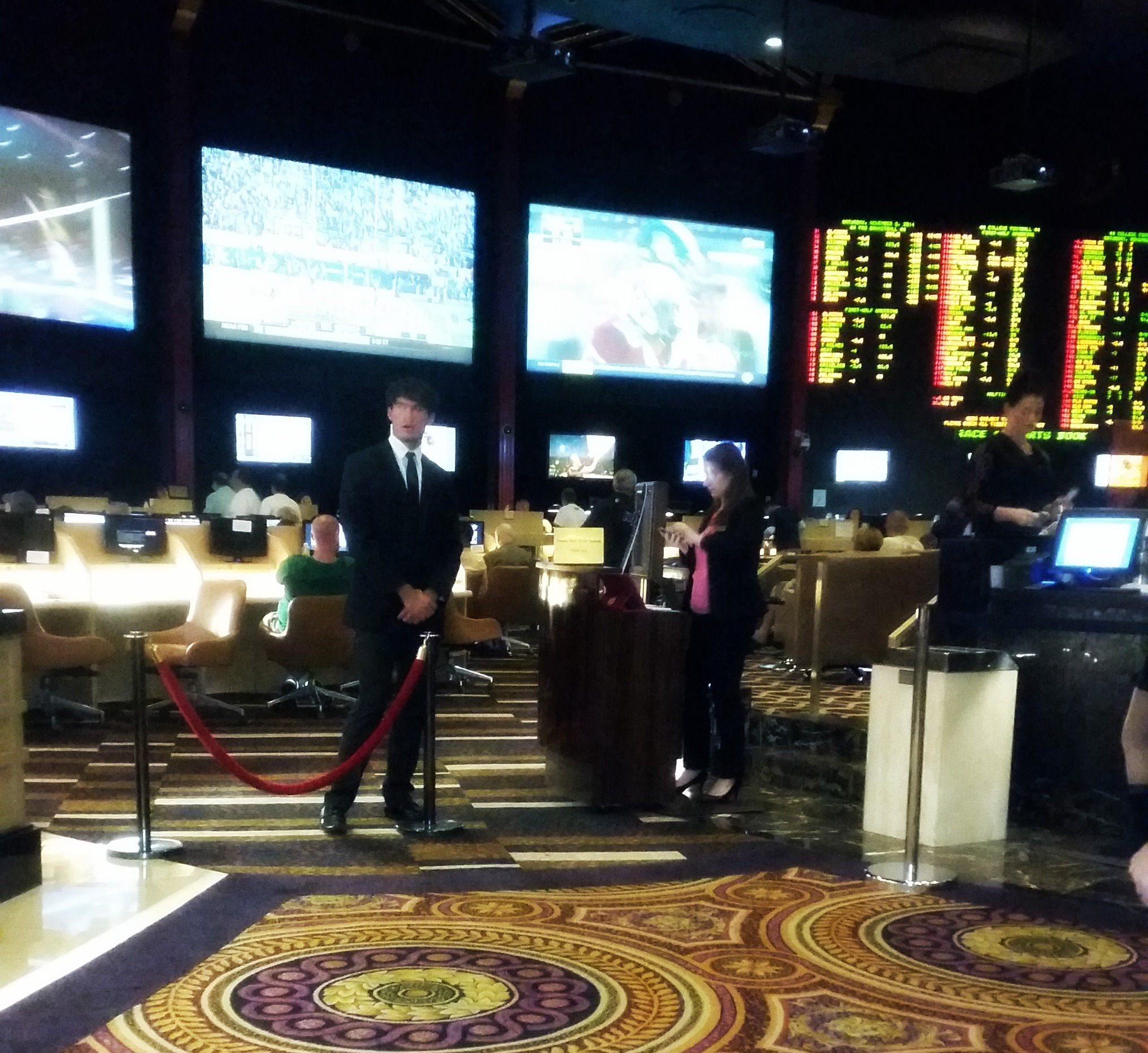 sportsbook at caesars palace ncaaf picks and parlays
